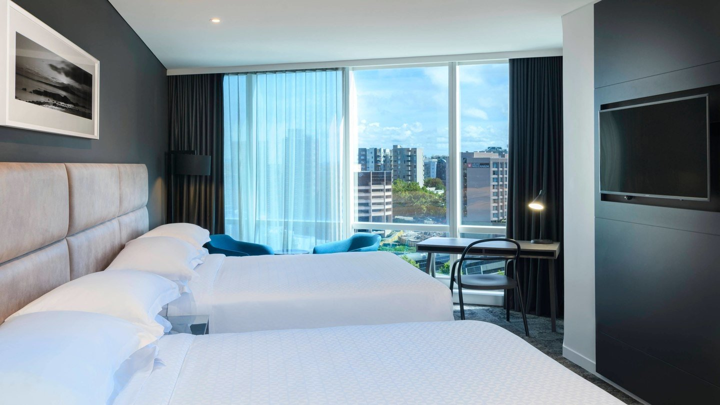 4 star Hotel room with view at Four Points by Sheraton Hotel in Auckland CBD
