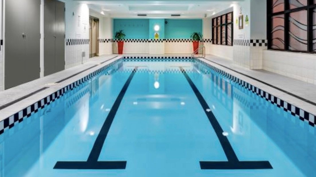 4 star City Life Hotel Pool