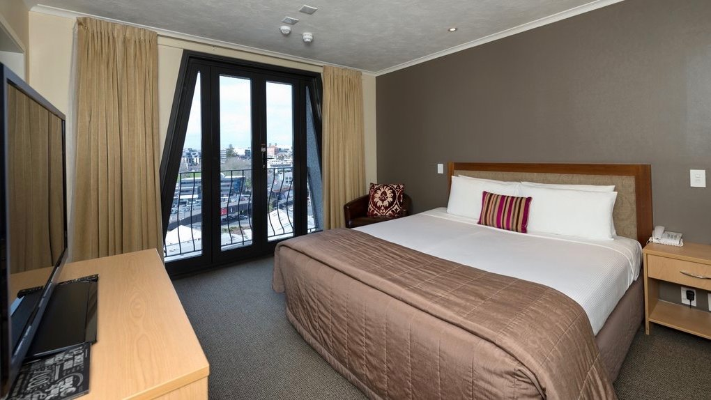 Room in Copthorne 4 star hotel in Auckland CBD for Families and Business Travelers