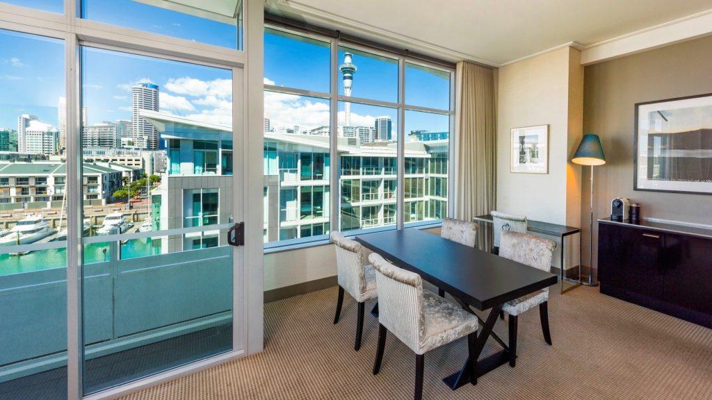 Deluxe Suite Sofitel Auckland 5 star hotel