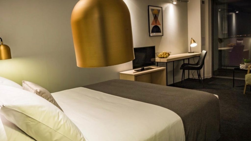 Haka Hotel Suites Auckland City Room (1)