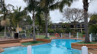 Holiday Inn Auckland Airport Family Pool Area 3 star Hotel