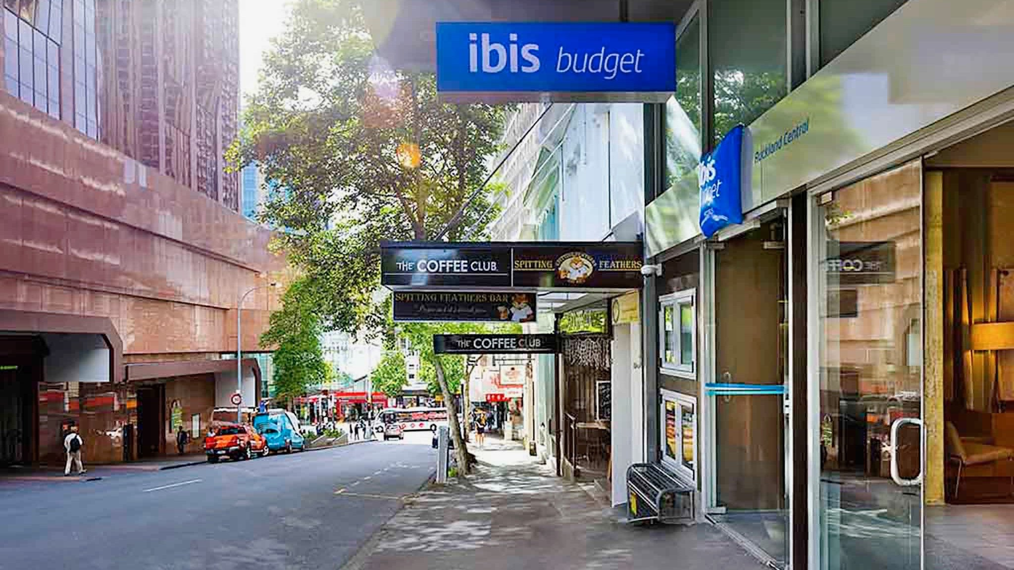 IBIS budget 3 star hotel in dontown Auckland