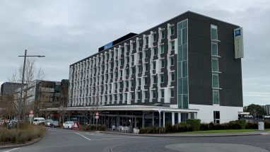 IBIS Budget Hotel Auckland Airport street side, clean well kept 2 star hotel