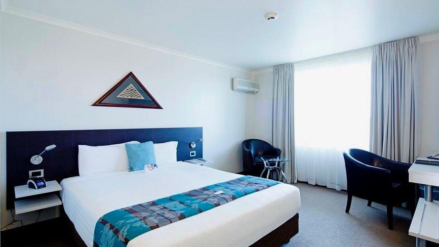 Jet Park Auckland Airport Hotel superior room