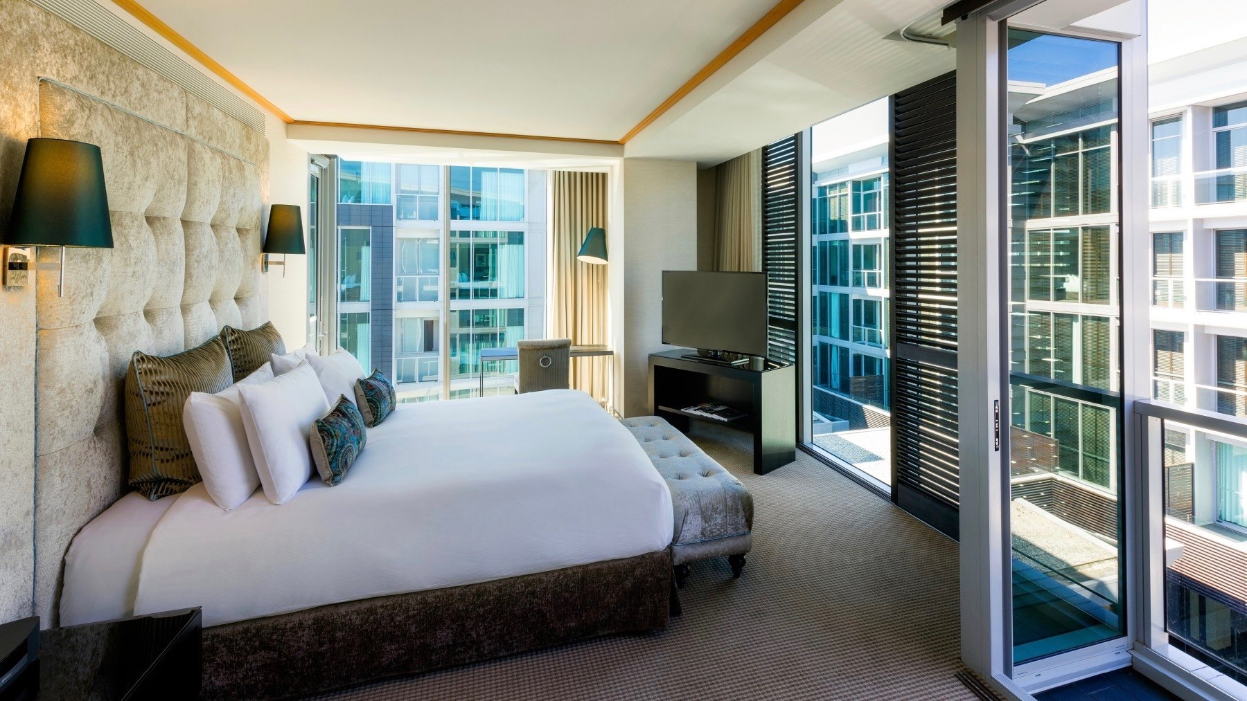 Junior Suite Sofitel Auckland Viaduct Harbour 5 Star Hotel Auckland