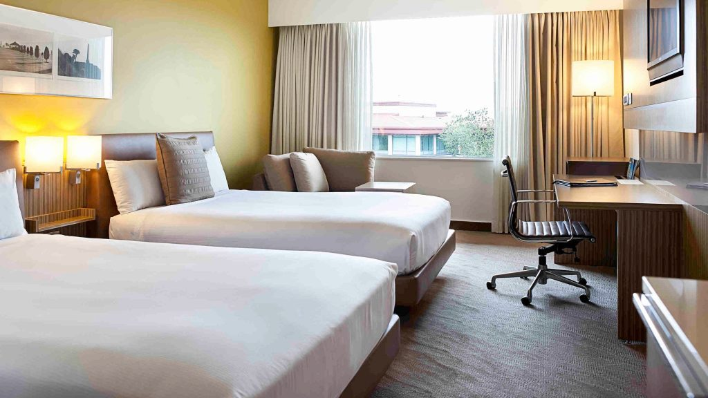 4 star business hotel Novotel Auckland Ellerslie