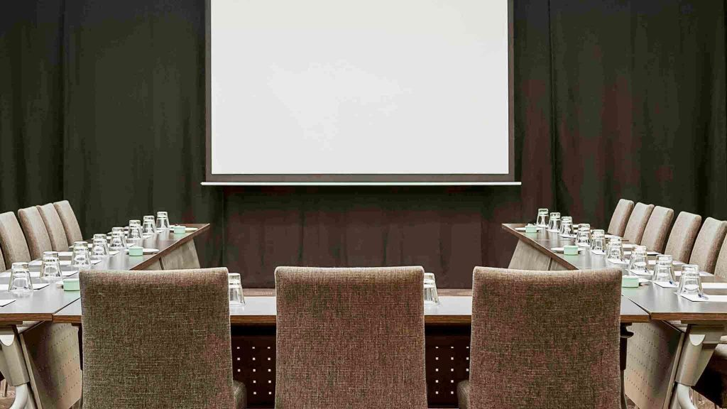 Novotel Auckland Ellerslie Hotel small meeting room (1)