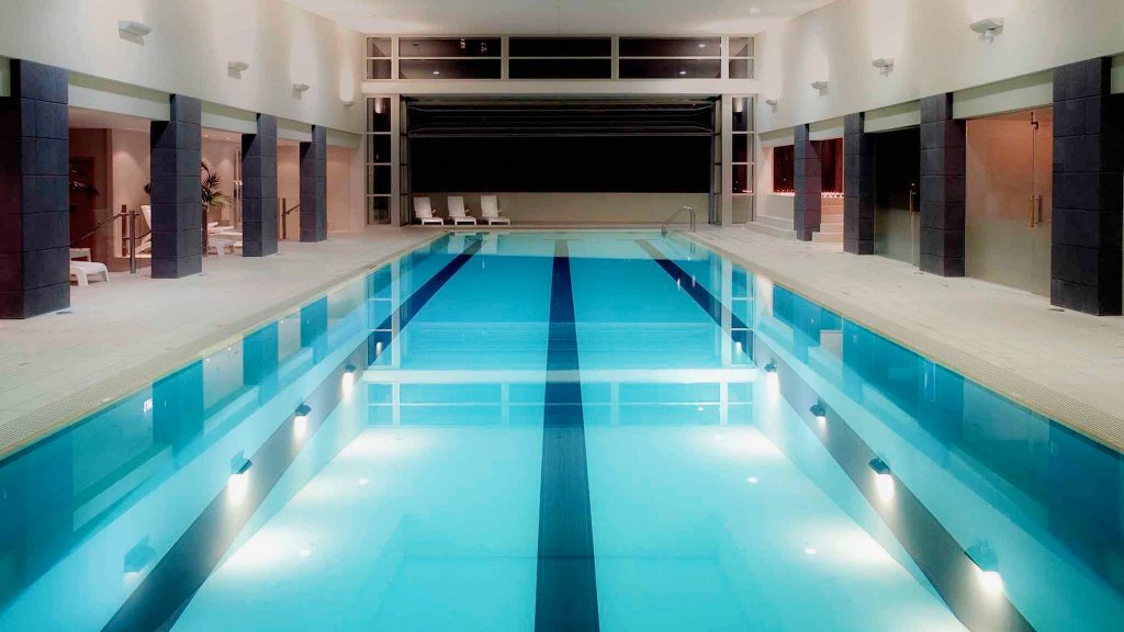 Pullman Hotel Pool Auckland