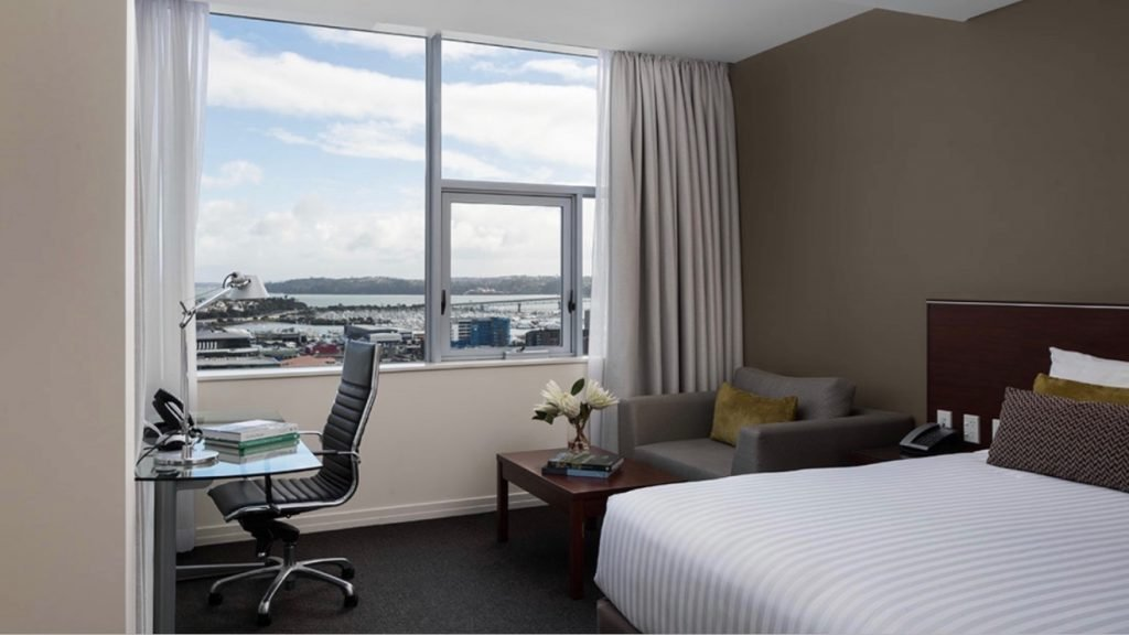 Rydges Hotel Auckland Harbour View Room