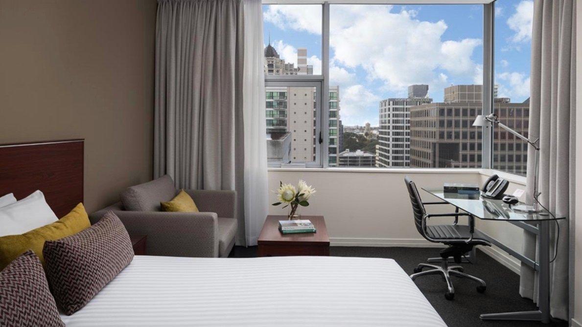 Rydges Hotel Auckland Luxury Room