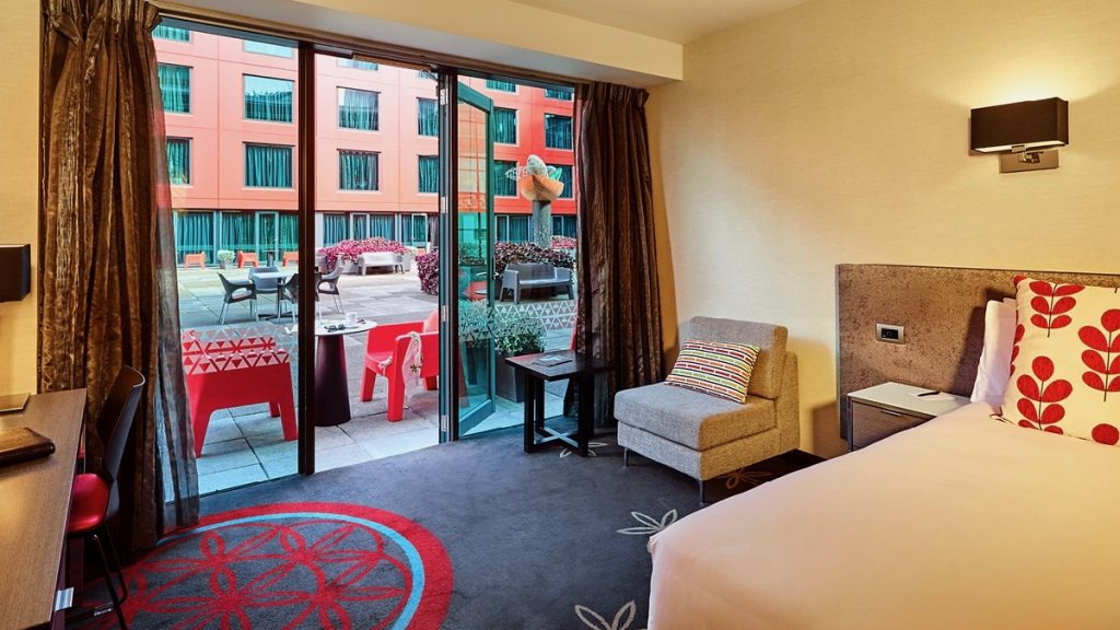 4 star Skycity Hotel Courtyard Room in Auckland CBD