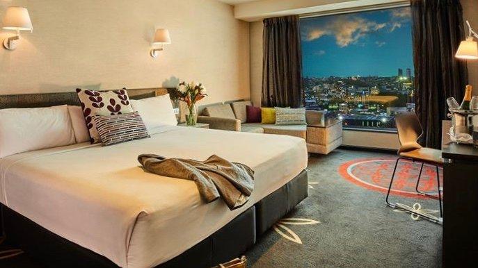 4 star Skycity Hotel Premium Room in Auckland CBD