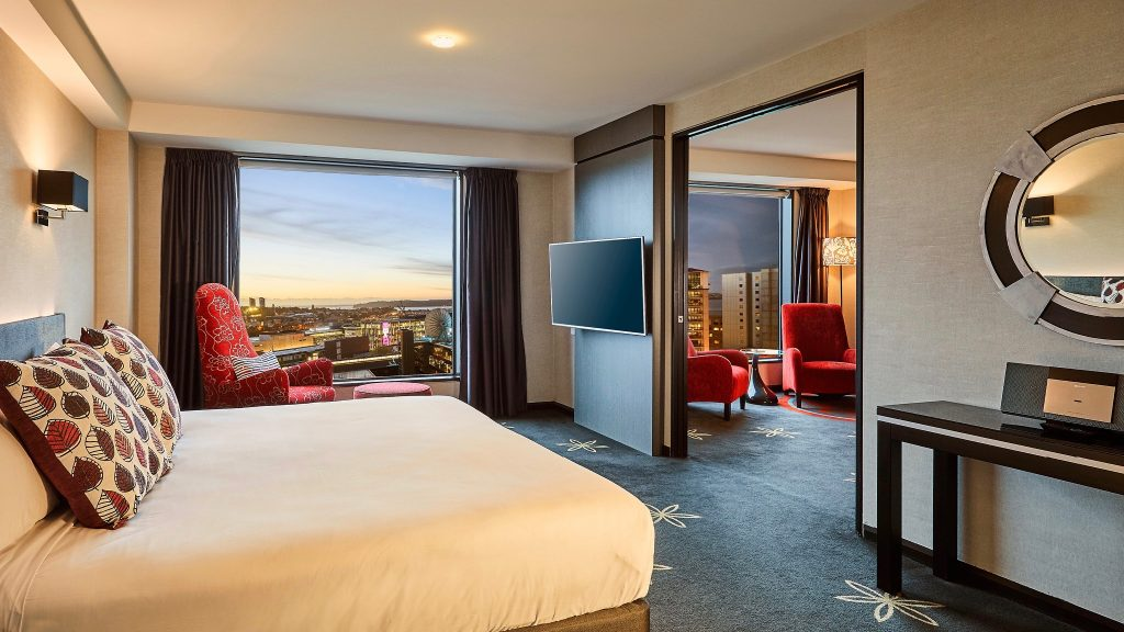 4 star Skycity Hotel Suite with city views