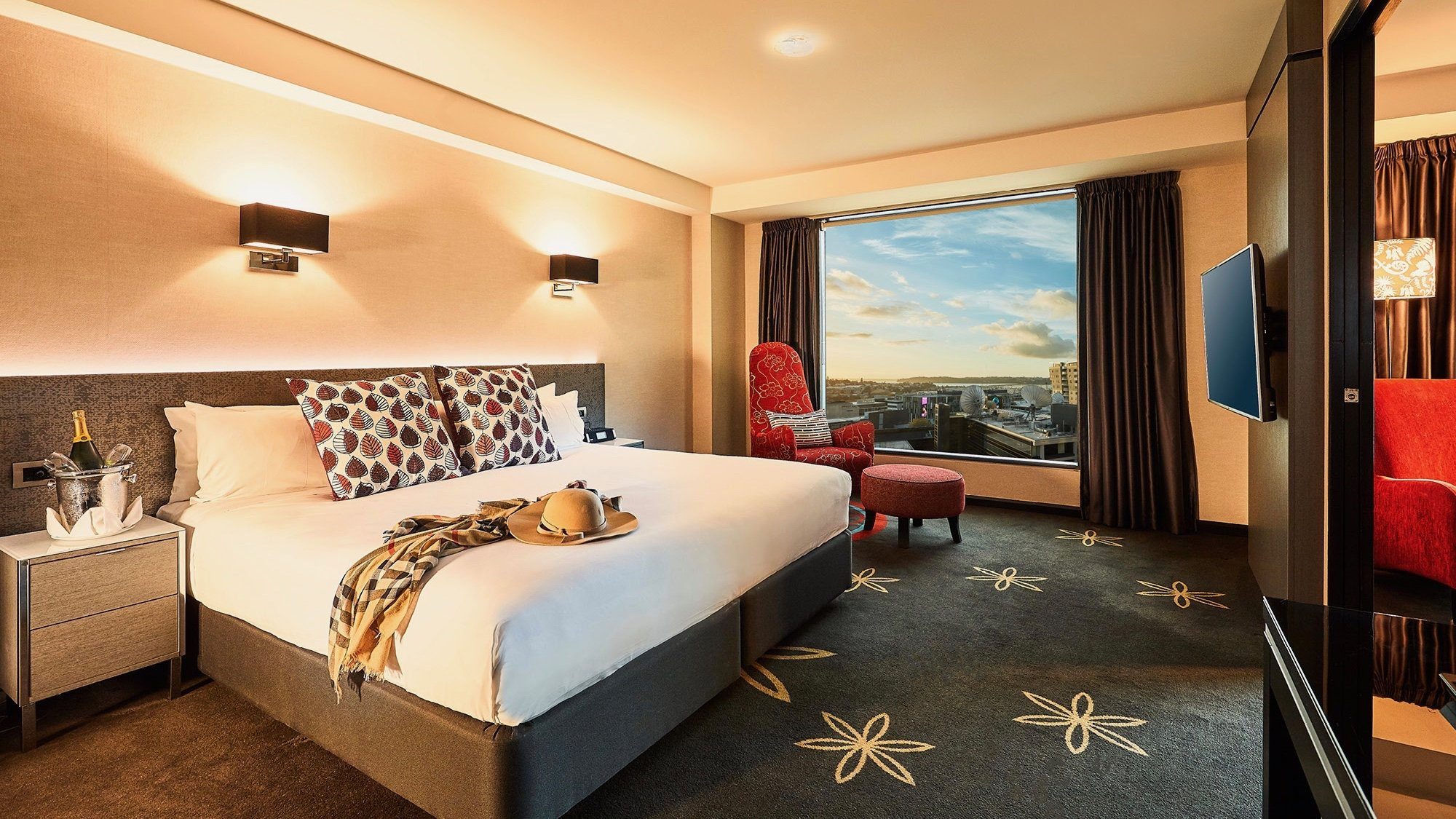 Skycity Hotel Suite 4 star hotel Auckland