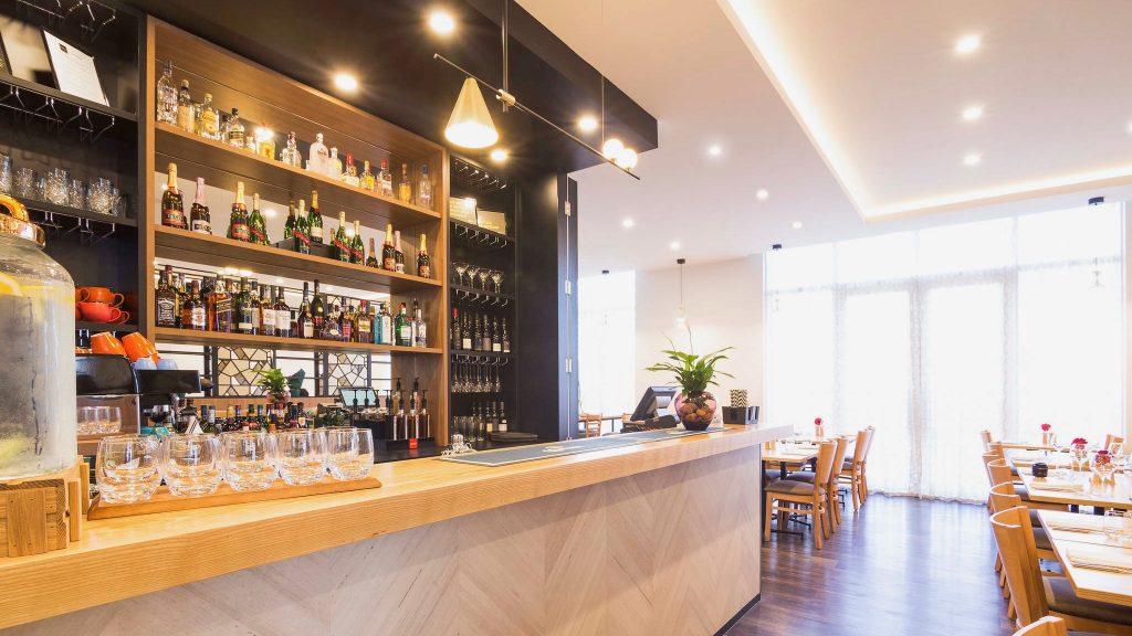 The Sebel 4 star hotel bar Manukau