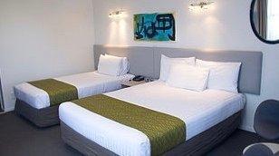 The Surrey Hotel cheap 3 star hotel in Grey Lynn