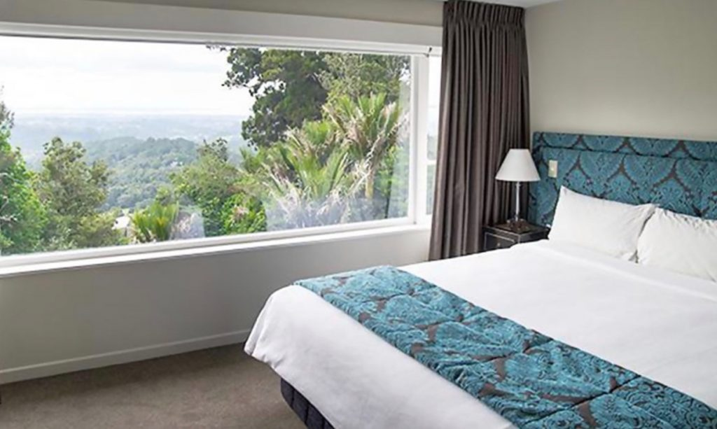 Heritage Hotel Waitakere Estate 4 Star Room 2