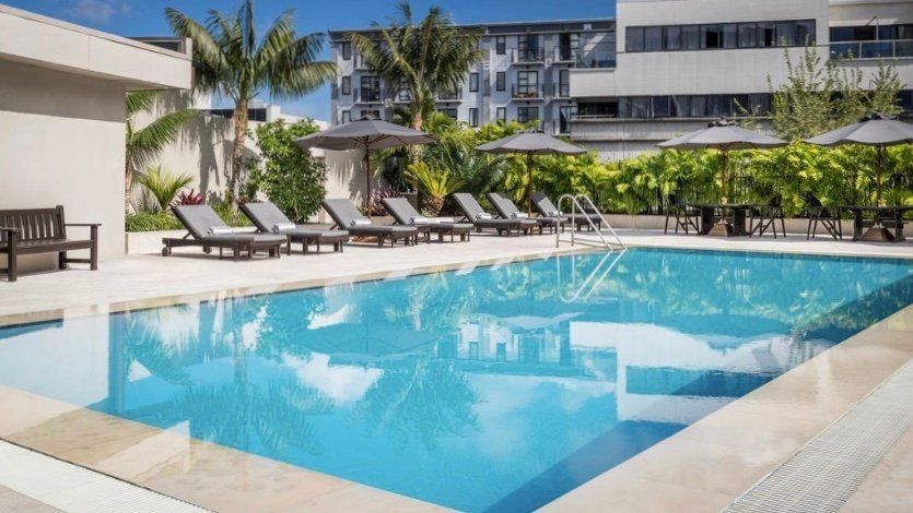 rooftop heated swimming pool at Cordis Hotel Auckland