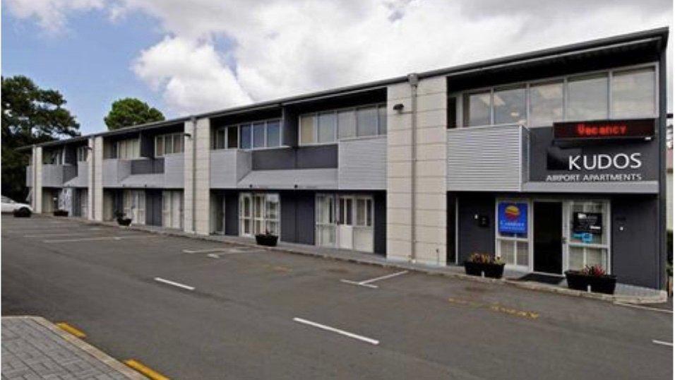 Comfort Inn & Suites Kudos Auckland Airport Apartment Hotel