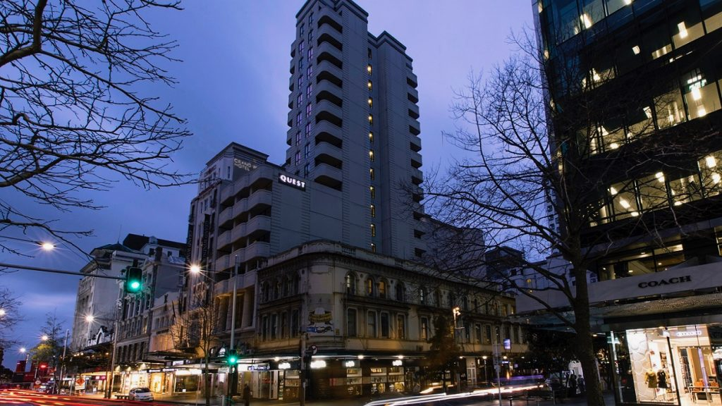 Quest on Queen serviced apartments hotel on Auckland's queenstreet near britomart in the Auckland CBD.