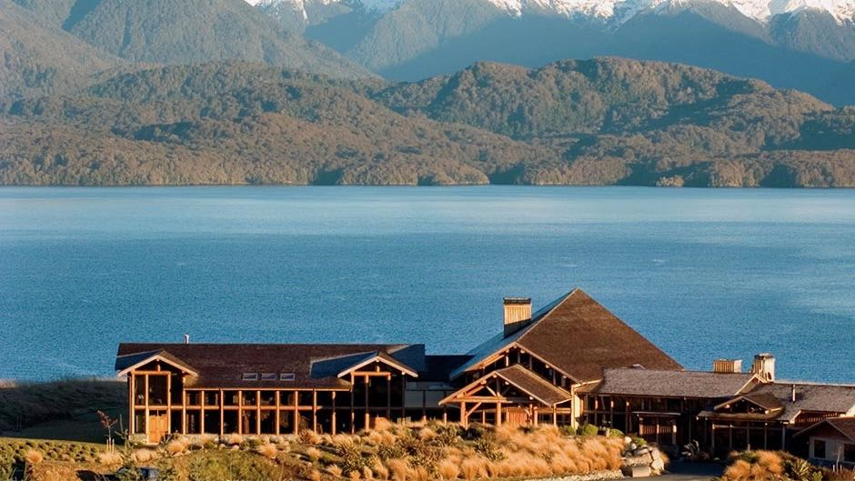 Fiordland Lodge luxury fishing lodge